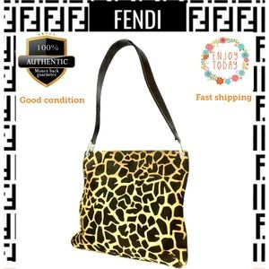 🌻💯Fendi shoulder bag giraffe pattern unborn calf